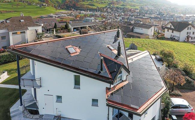 Toit solaire architecture, maison familiale Lucerne